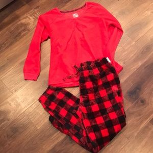 Muk luk 2 piece pajama set new